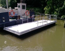 mobile work pontoon