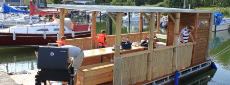 pontiki pontoon raft