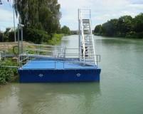 floating platform to unloading of ships