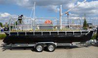 trailerable pontoon-workboat