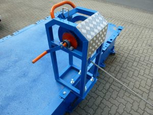 manual mooring winch